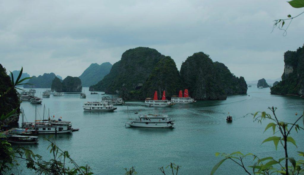 Halong Bay vietnameseluxurytravel.com